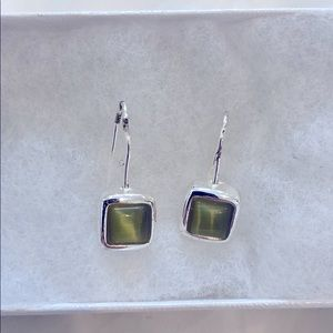 Silver plated drop green square earrings